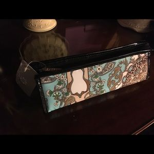 Accessories - Cosmetic Bag {small} new with tags